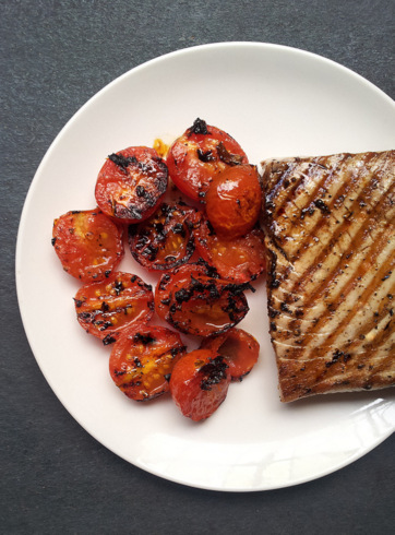 Seared Tuna with a Burnt Tomato & Caper Dressing