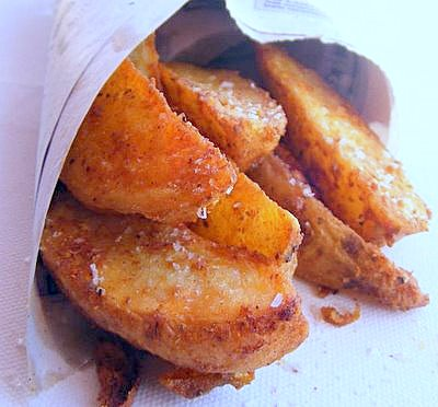 Spicy, Super-Crunchy Garlic Potato Wedges with Roast Pepper Dip